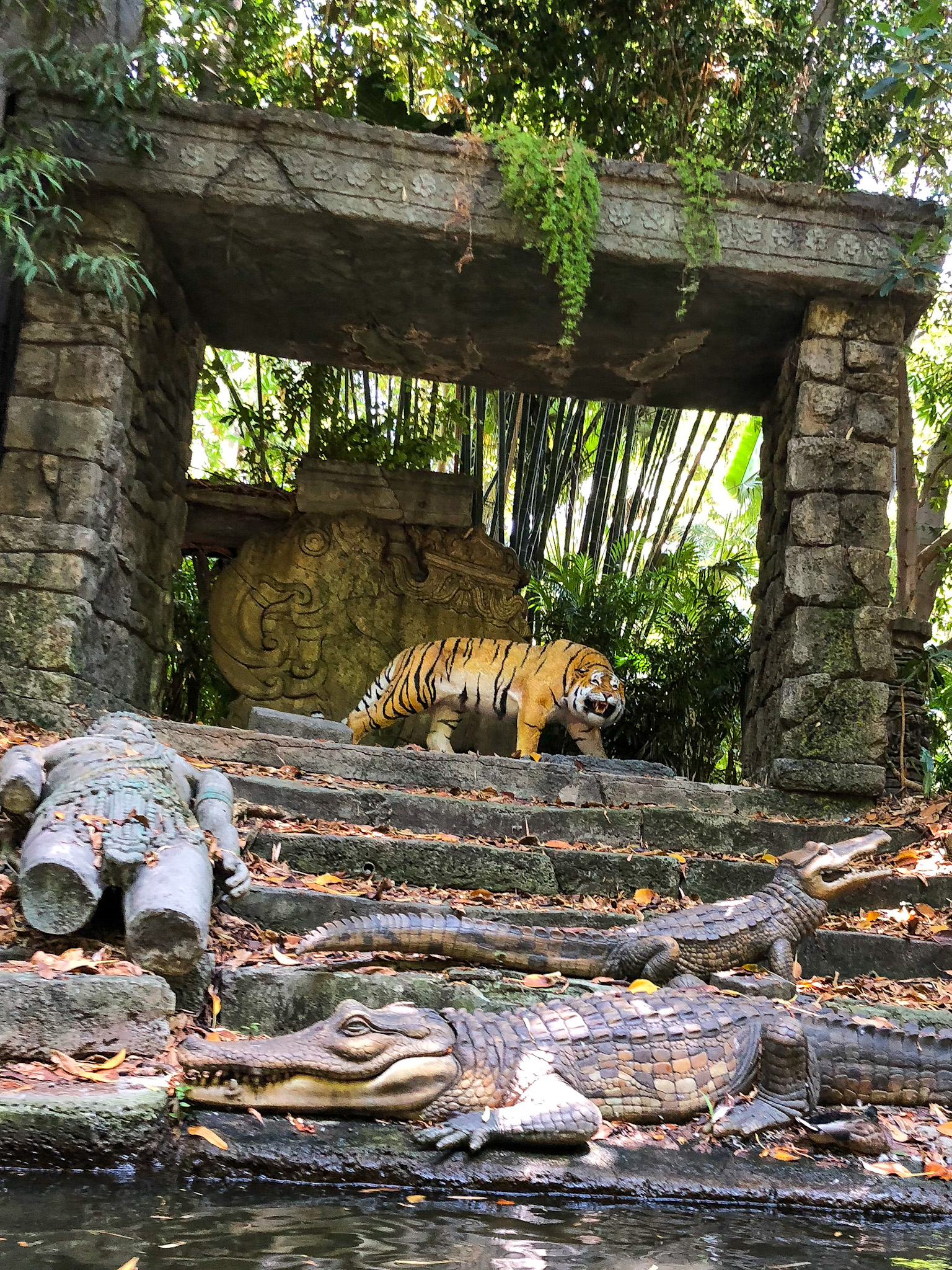 Bengal Tiger animatronic from Jungle Cruise attraction at Walt Disney World